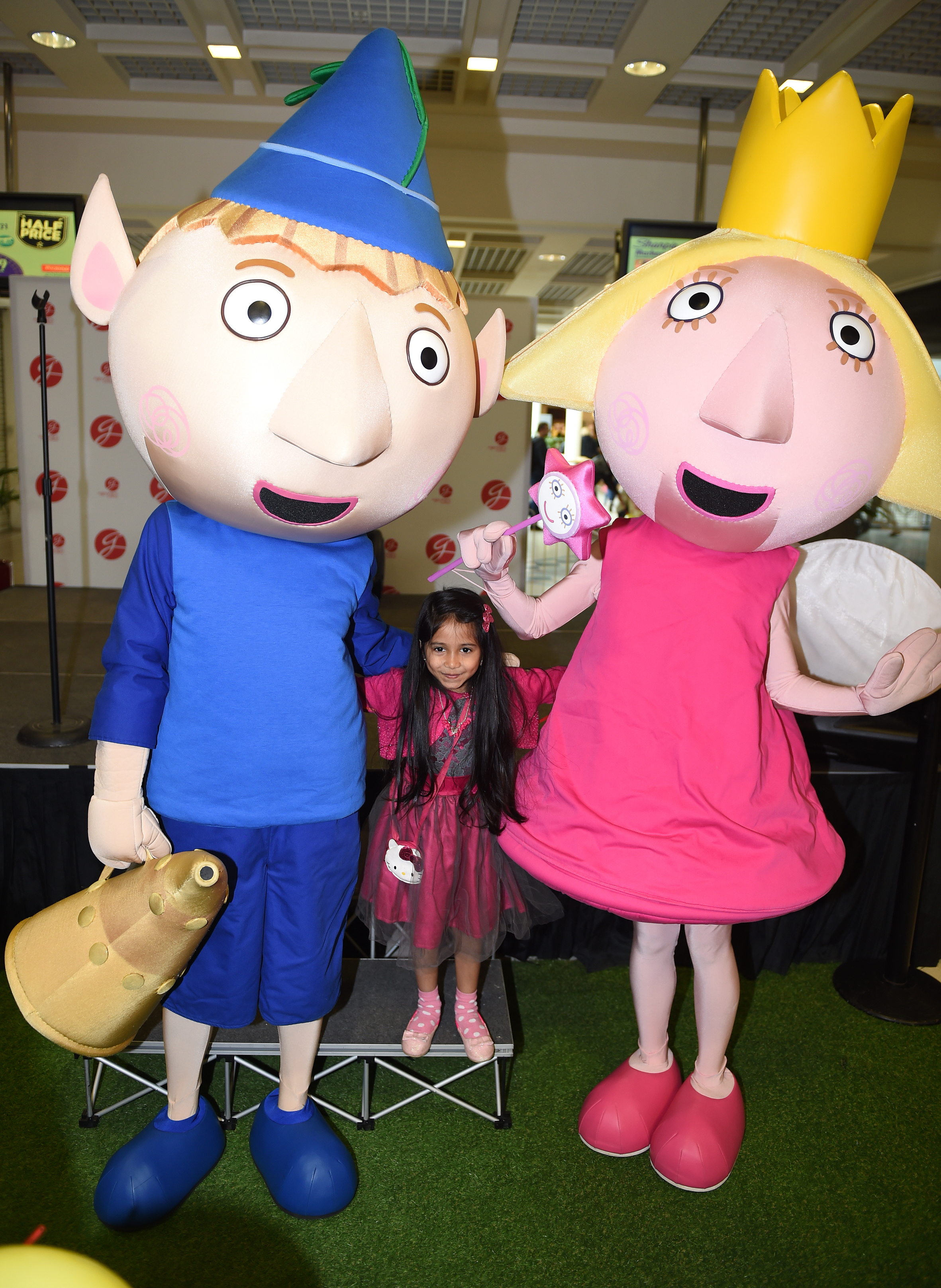 Sanvi Chauhan aged 5 meets Ben and Holly